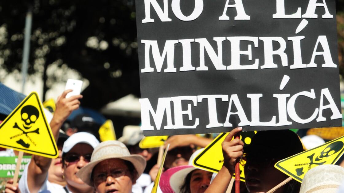 Le Salvador, premier pays à interdire l'exploitation minière des métaux