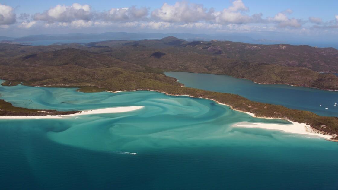 Grande barrière de corail: mise en chantier de la mine géante Adani mi-2017