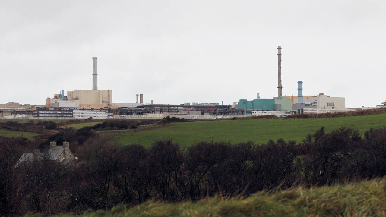 Cherbourg: selon Greenpeace, un convoi de Mox (plutonium) partira mercredi