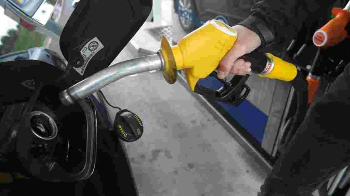 Les taxes sur le diesel grimperont de 10% en 2018 pour s'aligner sur l'essence