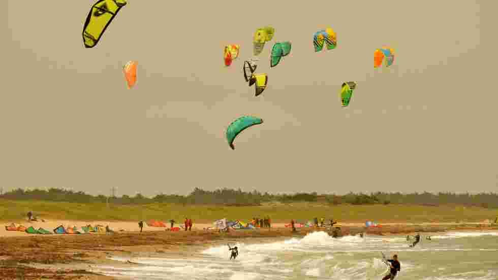 Une aile de kite pour tracter les navires de commerce?