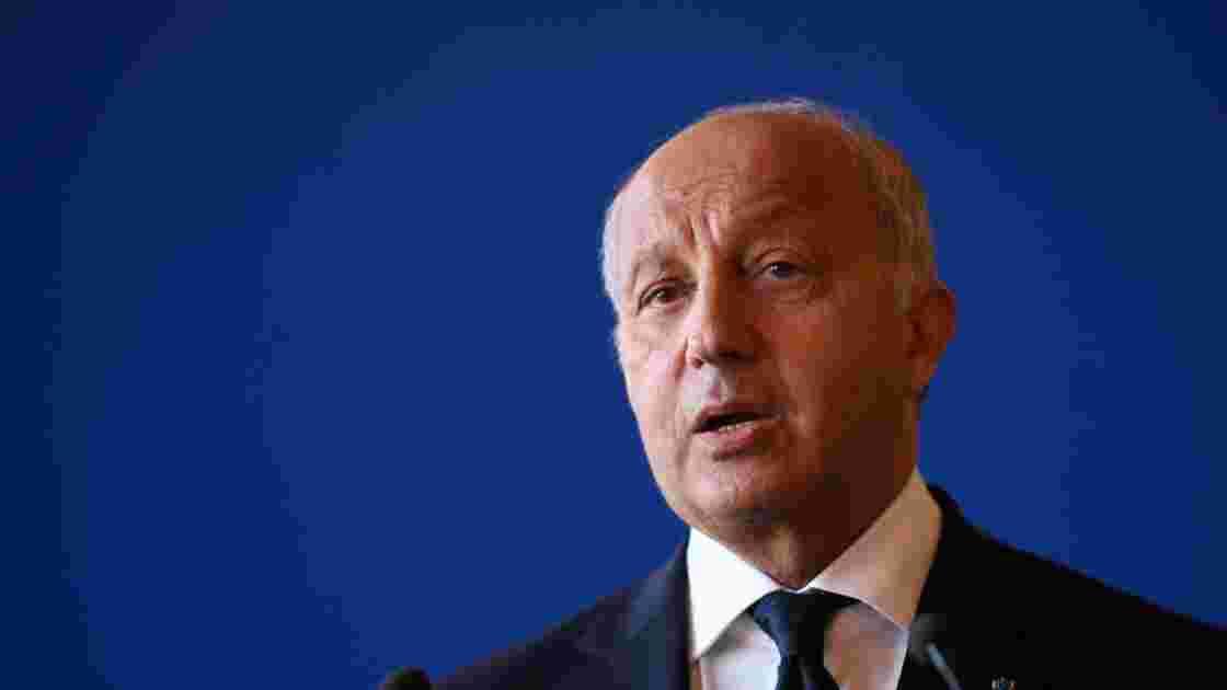 """Pour Laurent Fabius, il y a """"alerte rouge"""" sur le climat"""