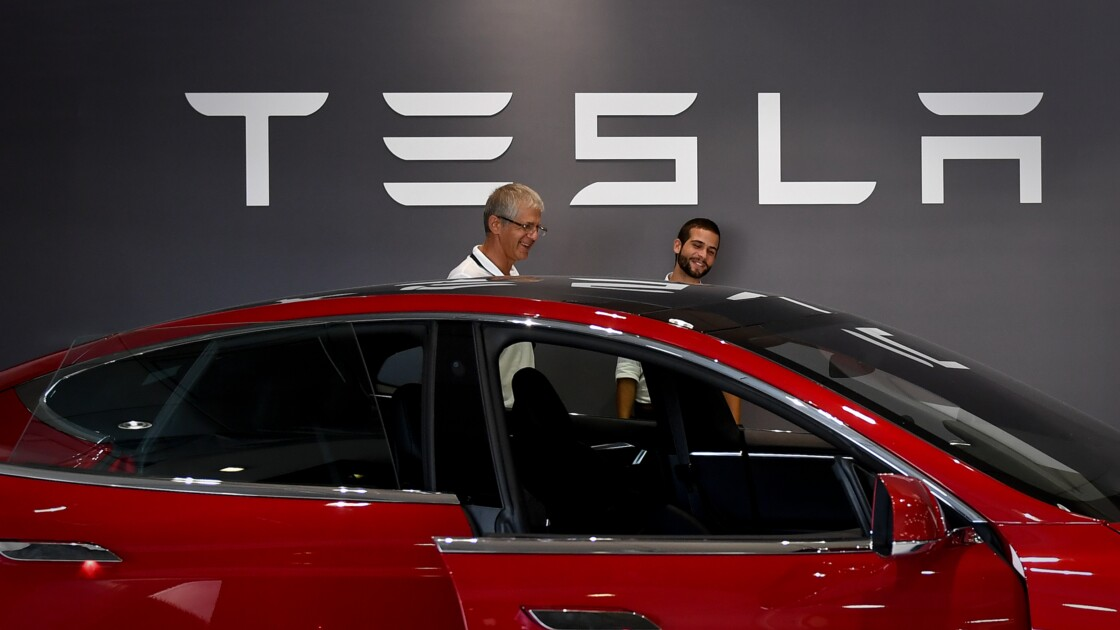 """La Norvège renonce à une """"taxe Tesla"""" sur les berlines électriques"""