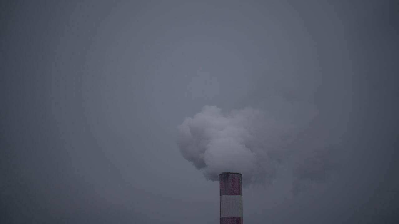 Chine: la lutte contre les cheminées fait tousser l'économie