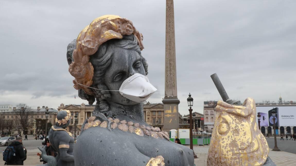 Des statues revêtues d'un masque pour dénoncer la pollution de l'air