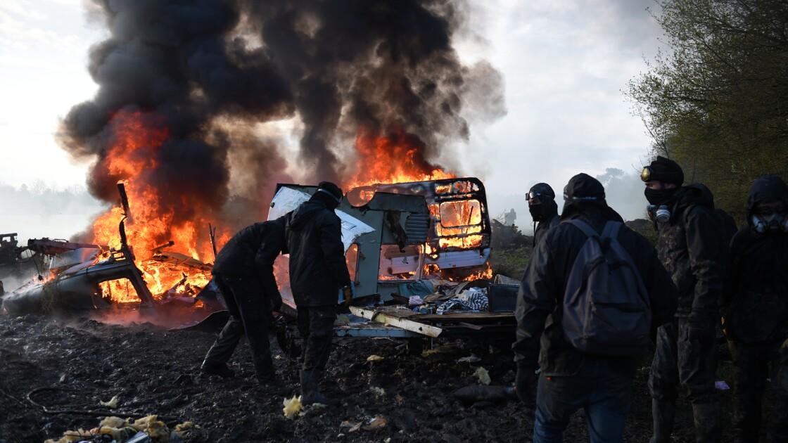 NDDL: nouveaux affrontements au 3e jour des expulsions