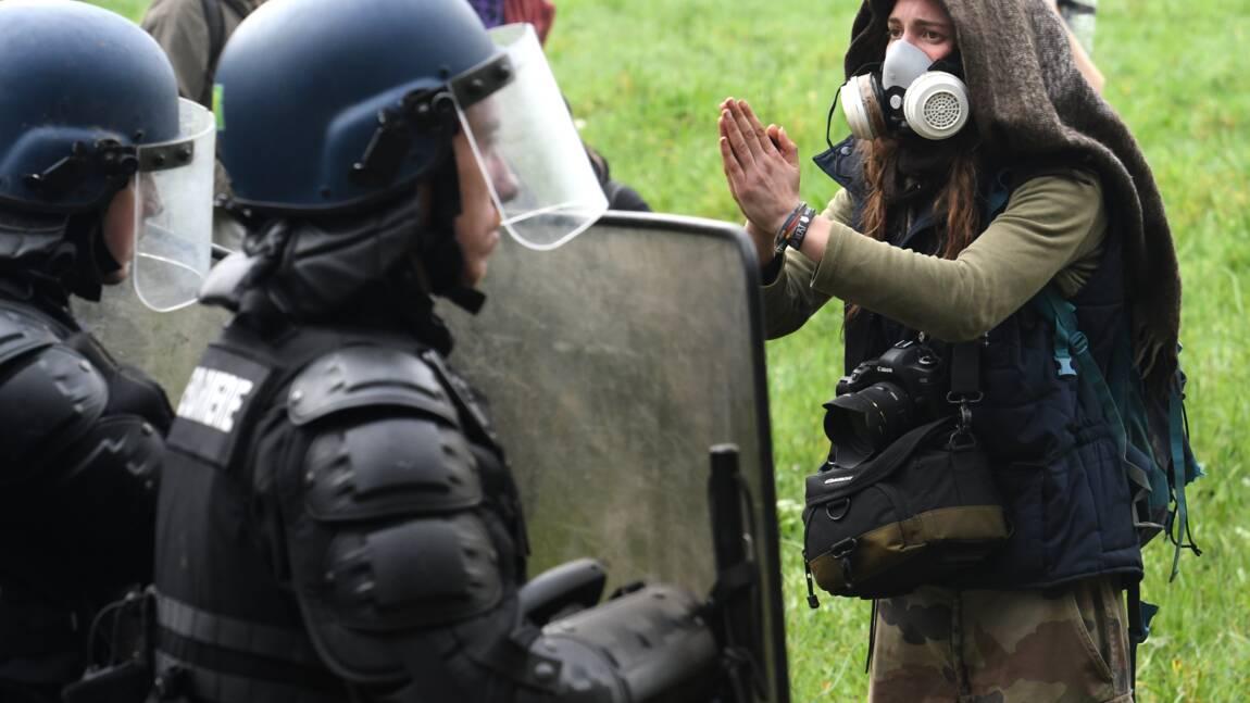 NDDL: Philippe et Collomb au chevet des gendarmes, nouveau délai pour les occupants
