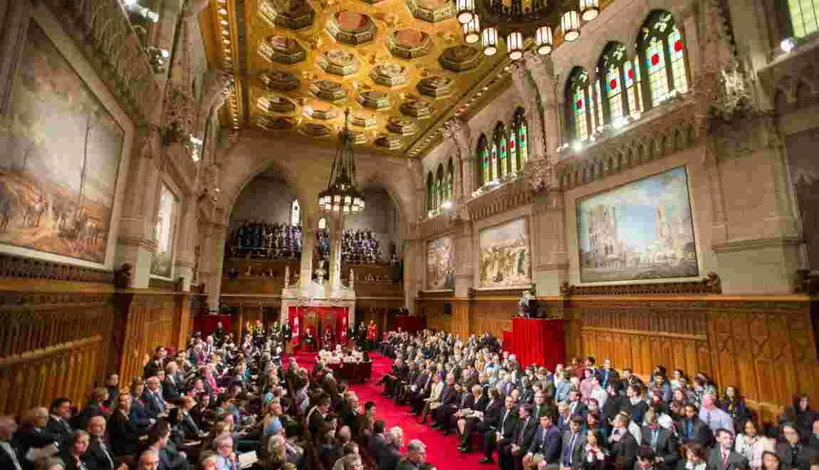 """Gaz à effet de serre: """"défis de taille"""" avec le pétrole, selon le Sénat canadien"""