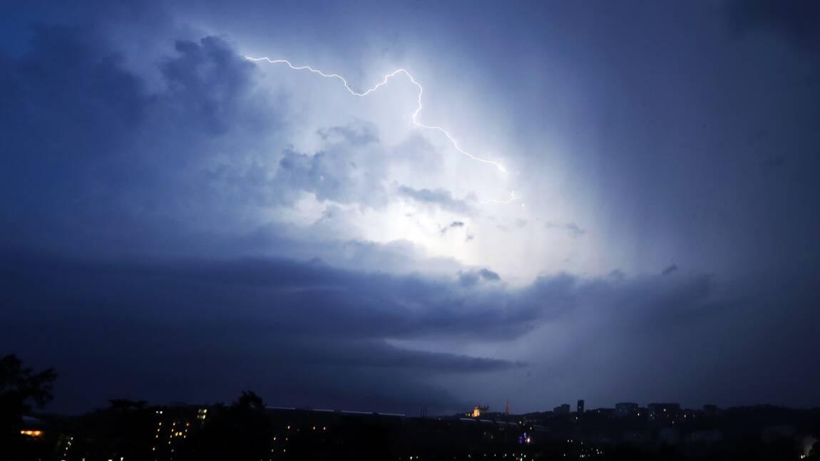 Orages: dégâts, coupures de courant et incidents de transport en Auvergne-Rhône-Alpes