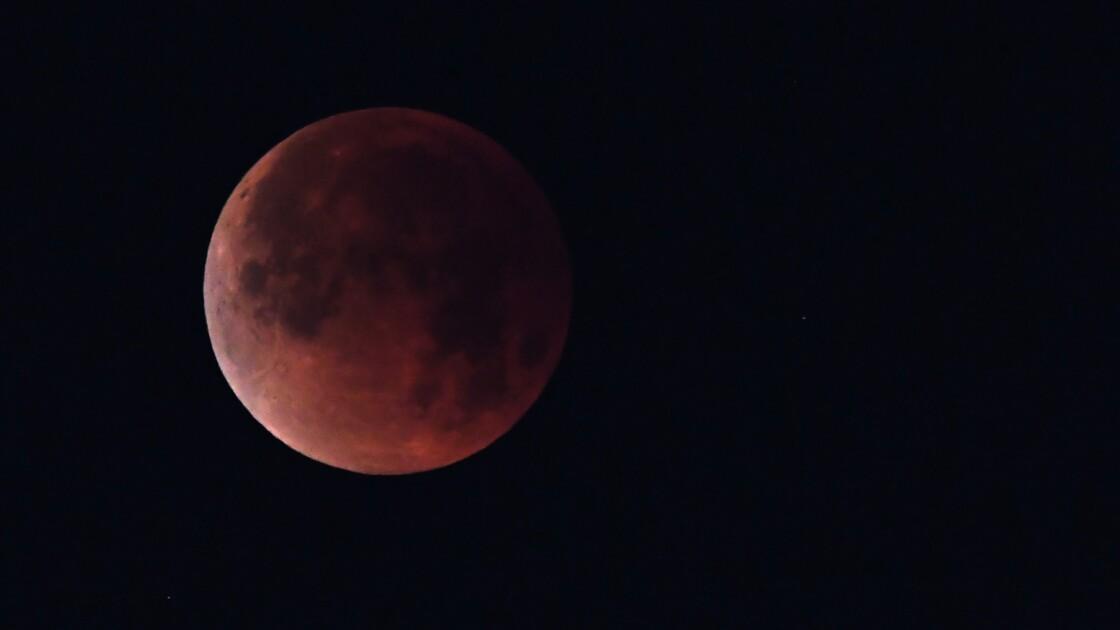 La Lune et Mars se donnent en spectacle vendredi