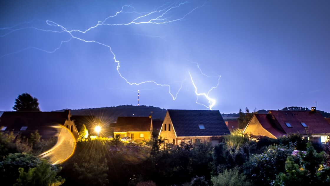 Orages: 11 départements de l'Est en vigilance orange