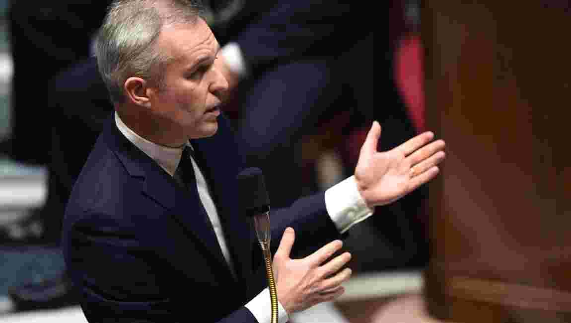 La hausse de la taxe carbone maintenue, annonce François de Rugy