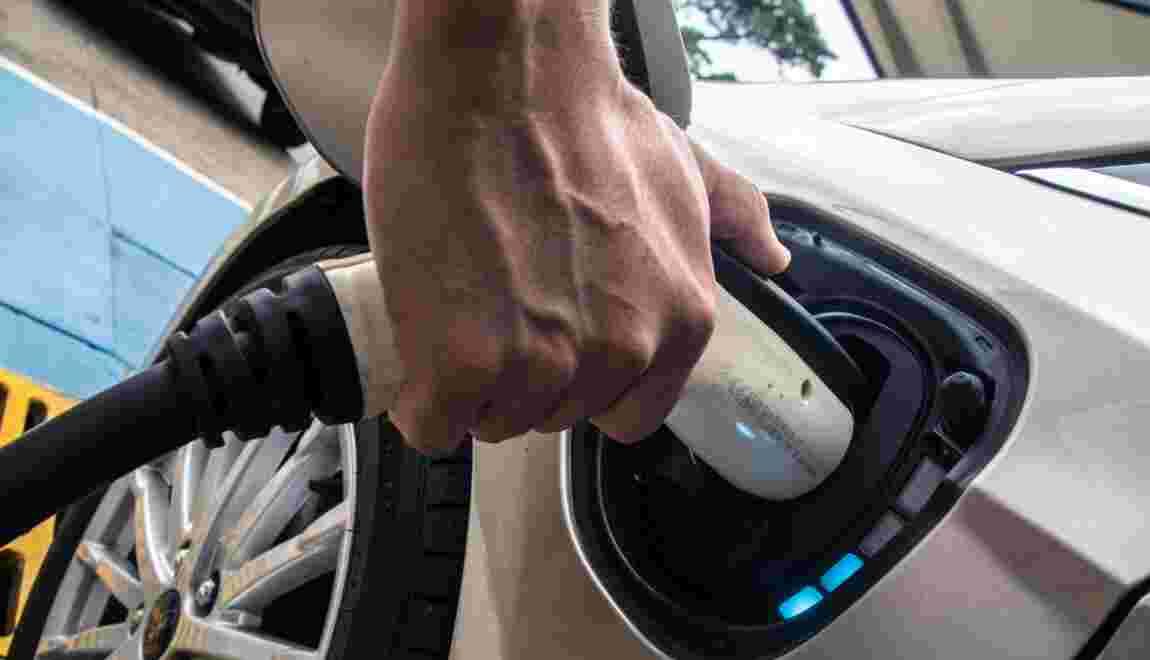 Champion de l'électricité verte, le Costa Rica veut mettre les voitures au courant