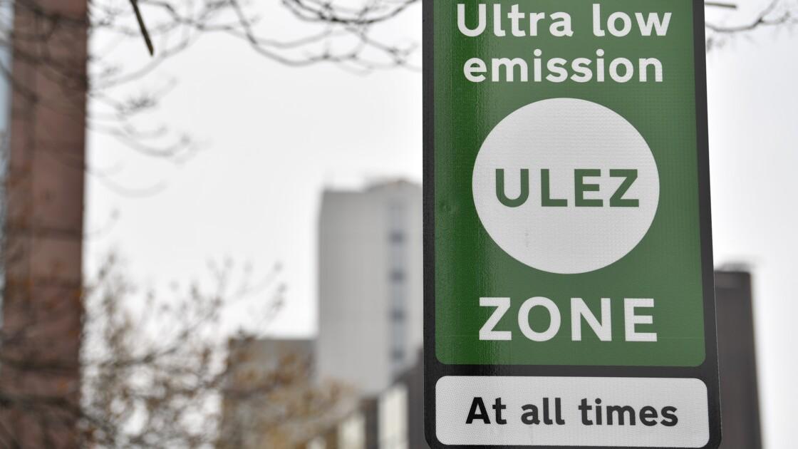 """Pollution: une """"zone à ultra basse émission"""" entre en vigueur à Londres"""