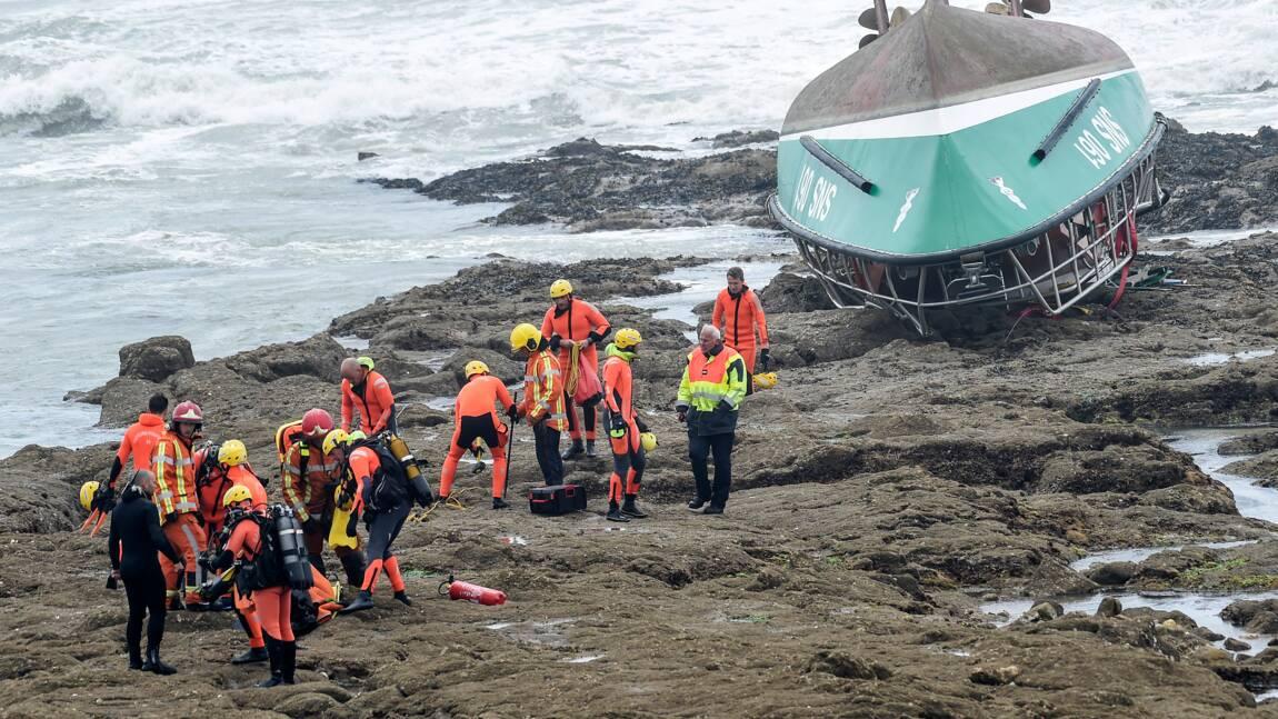 Trois sauveteurs meurent en portant secours à un bateau de pêche en pleine tempête