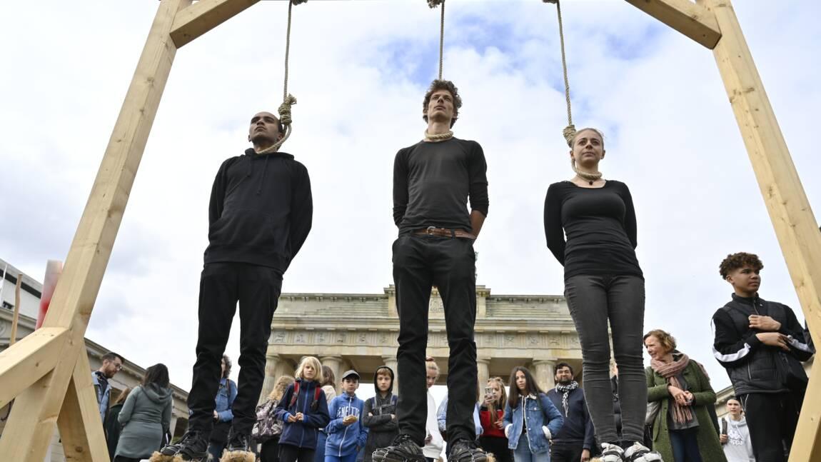 Sous la pression de la rue, Berlin promet 100 milliards pour le climat