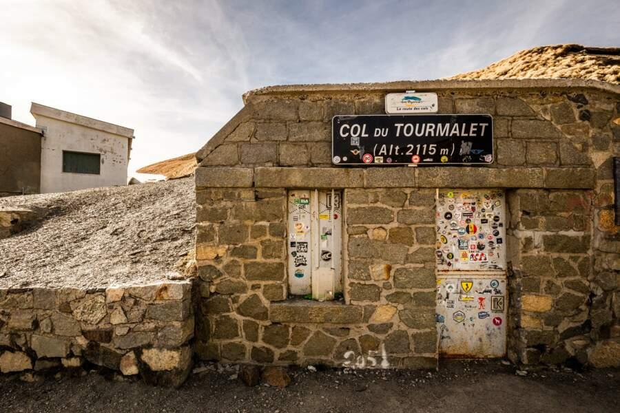 Plus haut col des Pyrénées : 2115 m