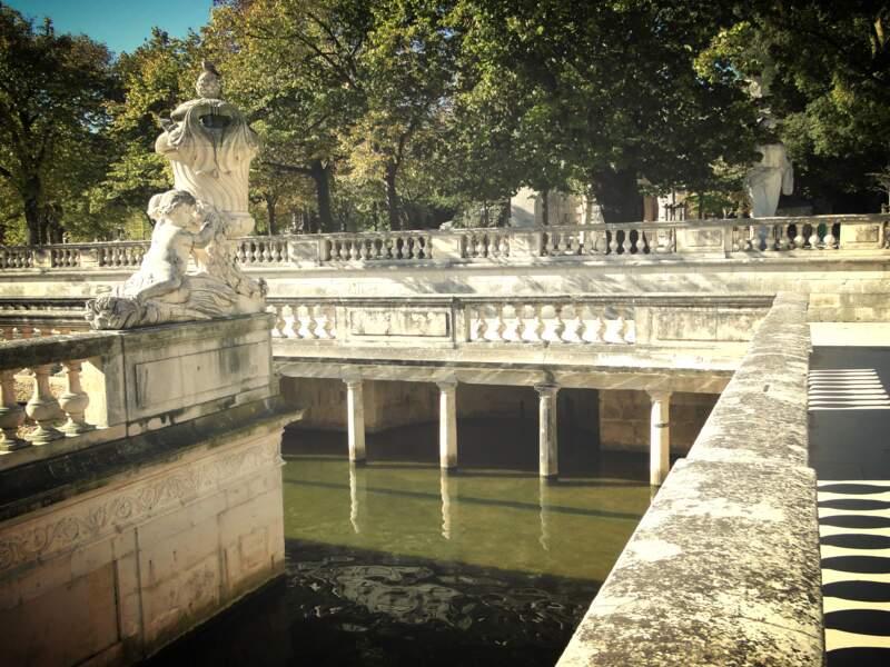Flâner dans les Jardins de la Fontaine