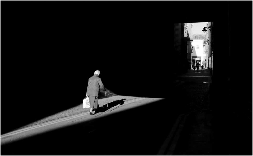 Dans une ruelle de la ville écossaise de Dundee, au Royaume-Uni