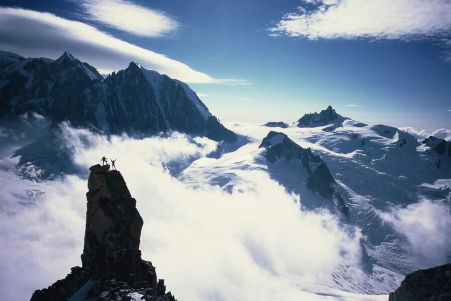 Dans le massif du Mont Blanc, près de la dent du Géant ou aiguille du Géant