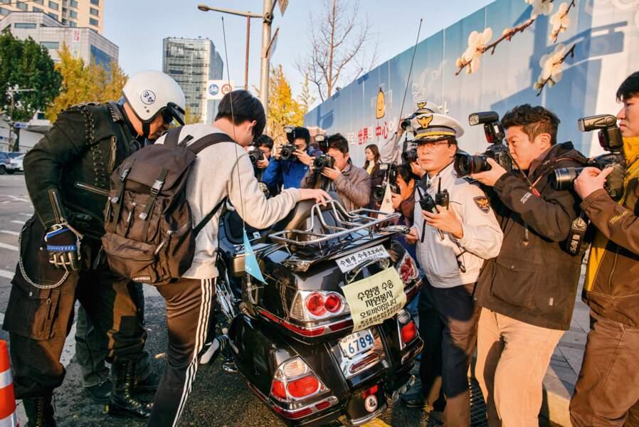 """Le jour du """"suneung"""", le bac coréen, tout le pays retient son souffle"""