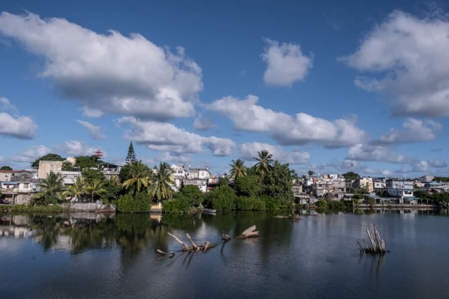 La rivière la Chaux traverse l'ouest de Mahebourg, la première capitale de l'île Maurice