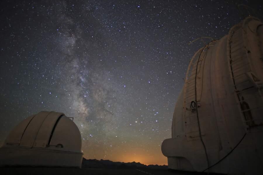 La coupole Baillaud sous les étoiles