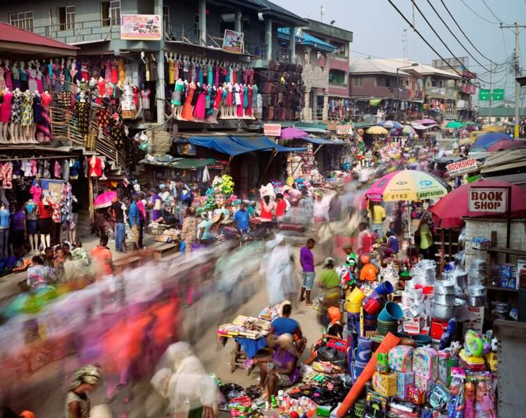 Lagos, marché coloré