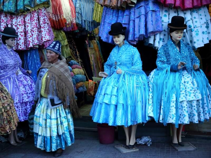 Vêtements traditionnels de luxe