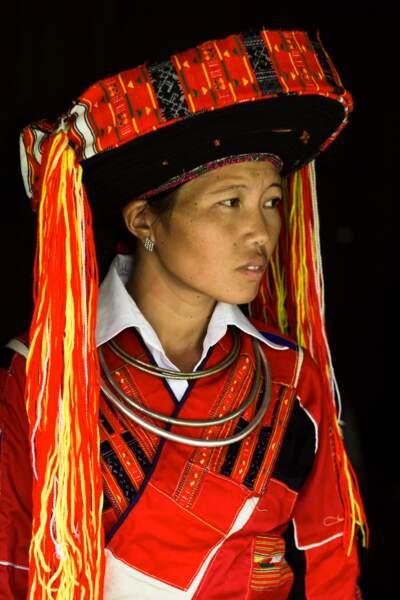 Costumes complexes de l'ethnie Pa Then