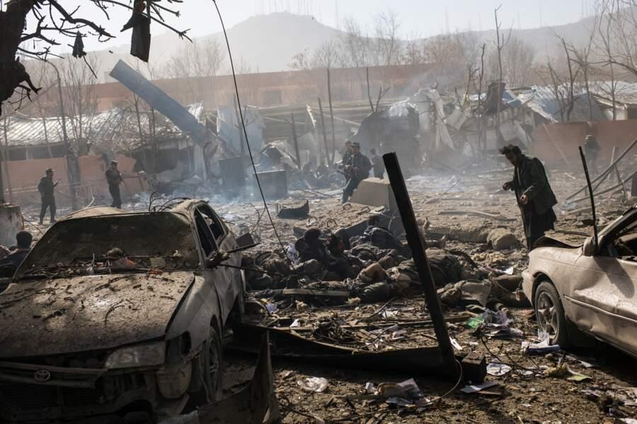 """27 janvier 2018 : le chaos à Kaboul après l'explosion de bombes cachées dans une ambulance – Catégorie """"actualité"""""""