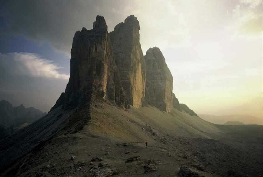 Dans les Dolomites, en Italie, le massif des Tre Cime et ses faces de 500 m gravies dès les années 1920