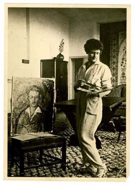 Portrait d'Antoinette Sasse, fin des années 1930