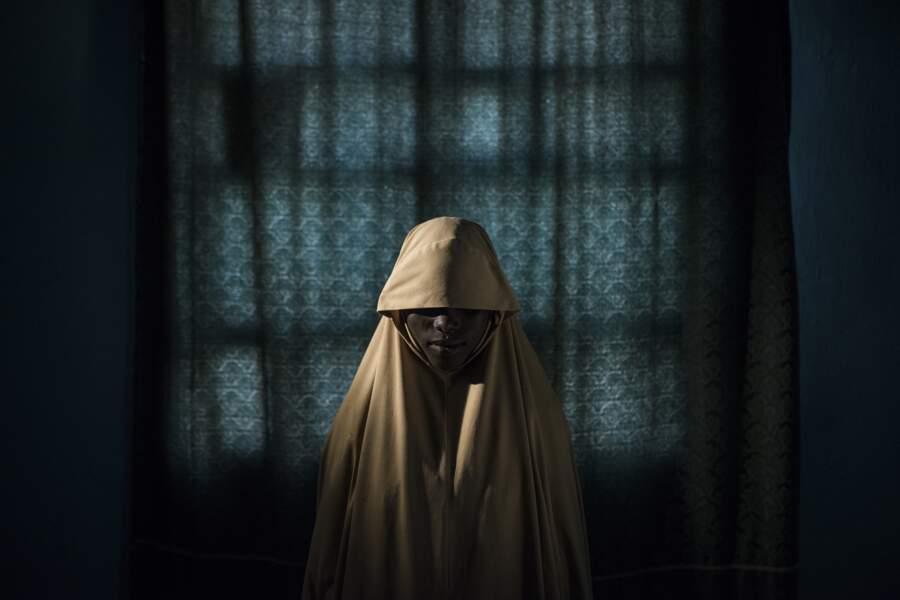 """Une lycéenne rescapée de Boko Haram au Nigeria - Catégorie """"photo de l'année"""""""