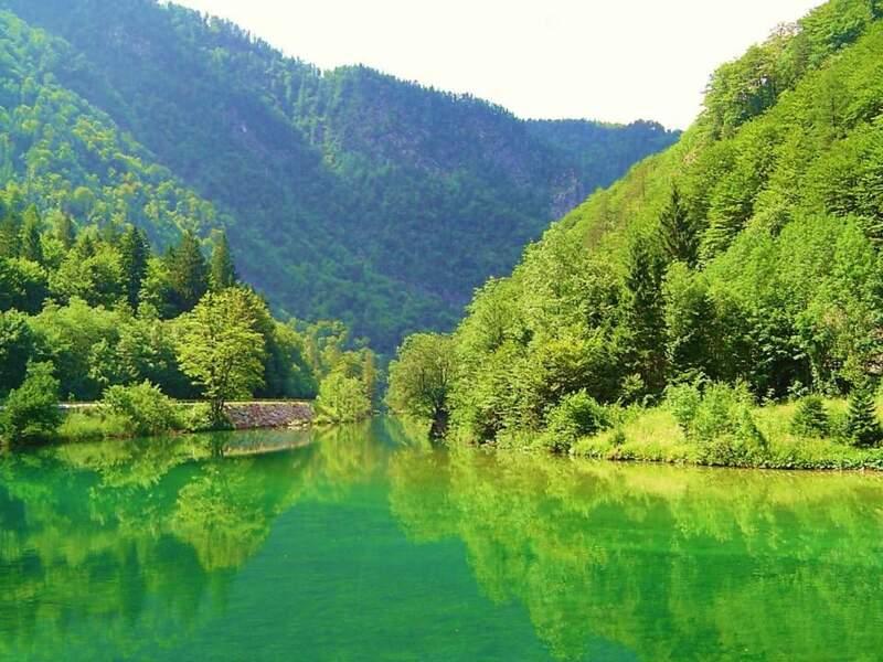 Photo prise au lac de Bohinj (Solvénie) par le GEOnaute : sabrina.f