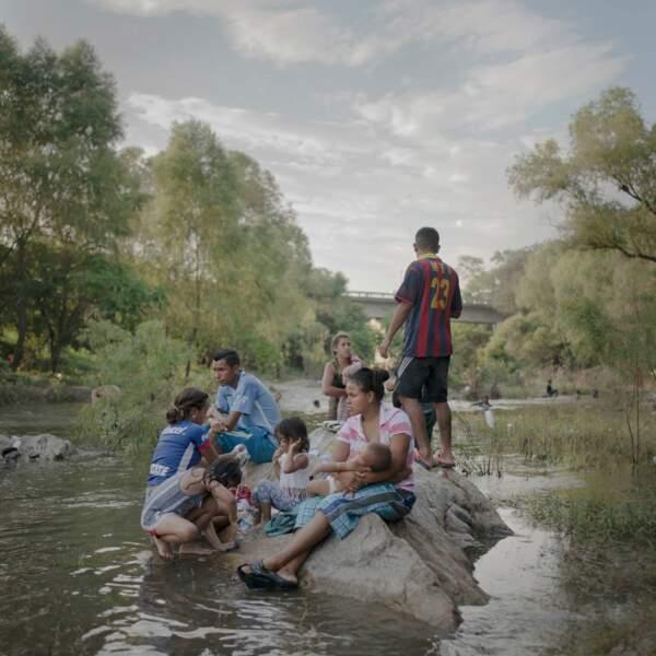 Automne 2018 : la caravane de migrants partie du Honduras, direction les Etats-Unis – Série de l'année