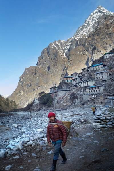 Pas de retraite pour les Sherpas