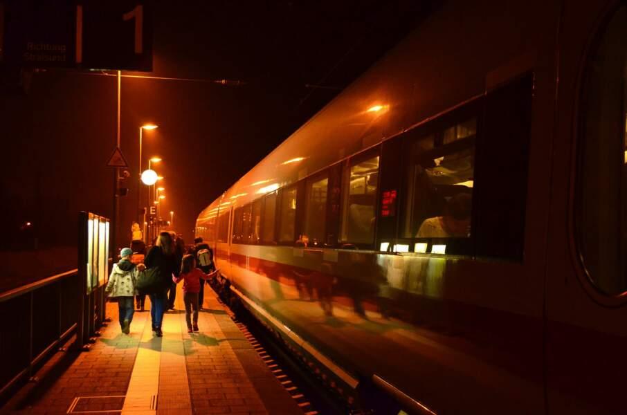 Astuce n°8 : voyagez de nuit