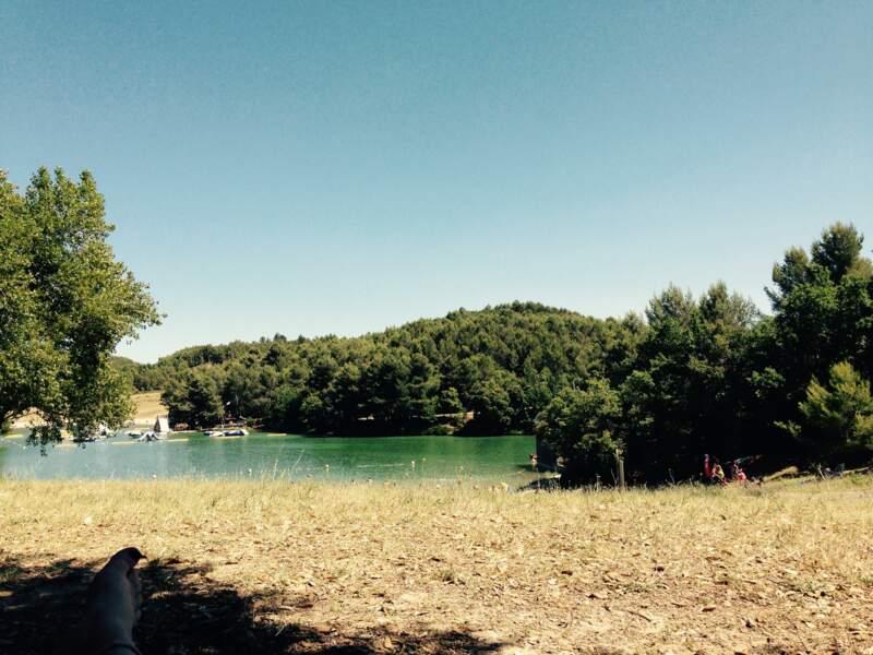 """Le lac de la Cavayère : en route pour """"Carca plage"""""""