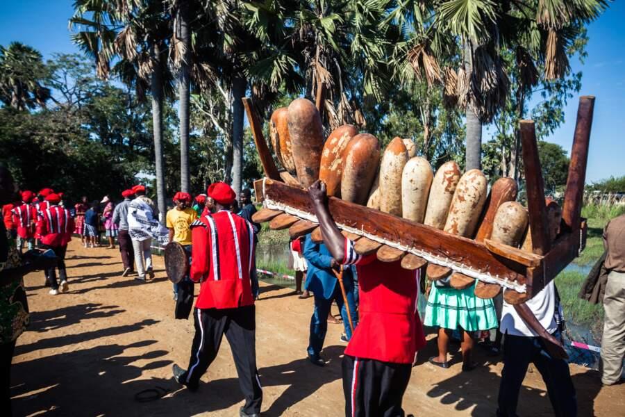 Une procession en préparation