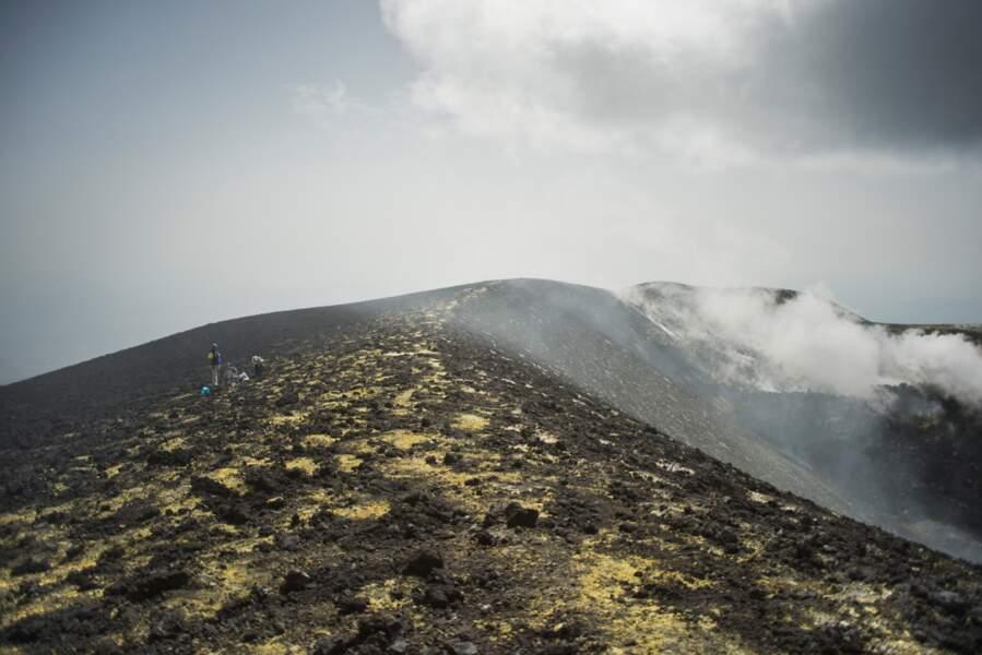 Le cratère sommital ''Bocca Nuova''