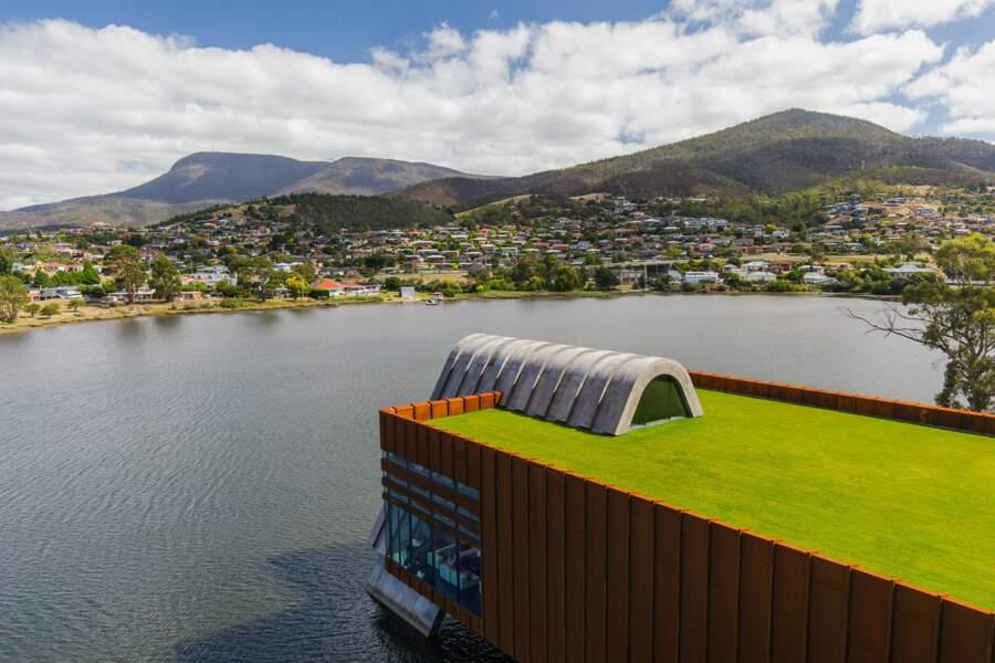A Hobart, sur les bords de la Derwent river