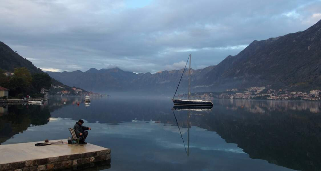 Mer d'huile au Montenegro
