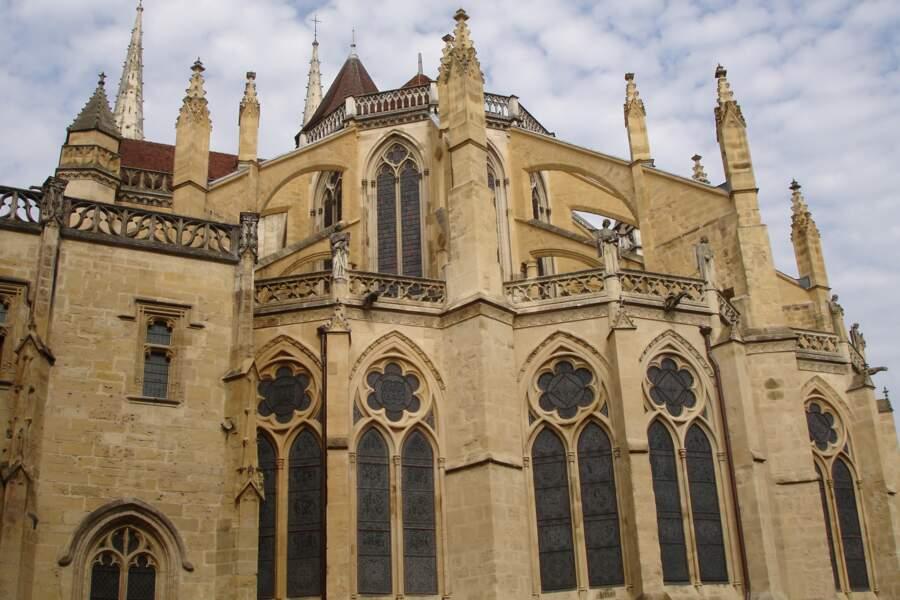 Découvrir la cathédrale Sainte-Marie de Bayonne