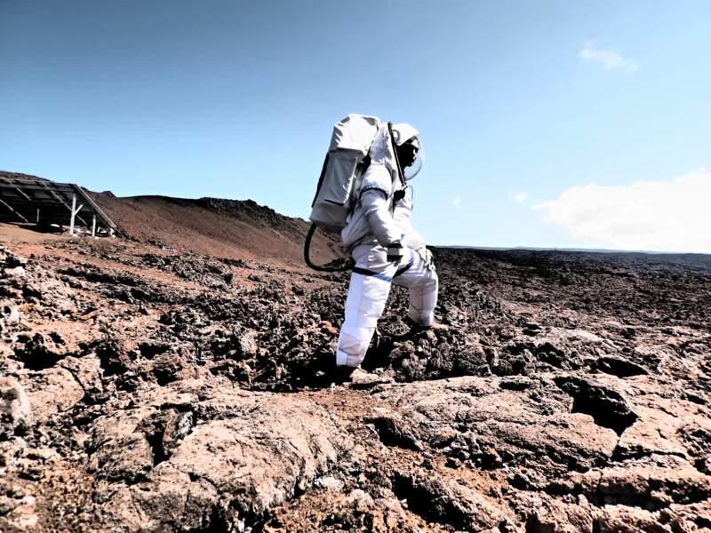 """Lucie Poulet prend la pose sur """"Mars"""""""