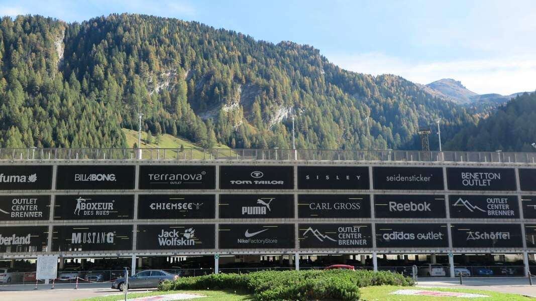 Zone de duty free entre l'Italie et l'Autriche, au niveau du col de Brenner