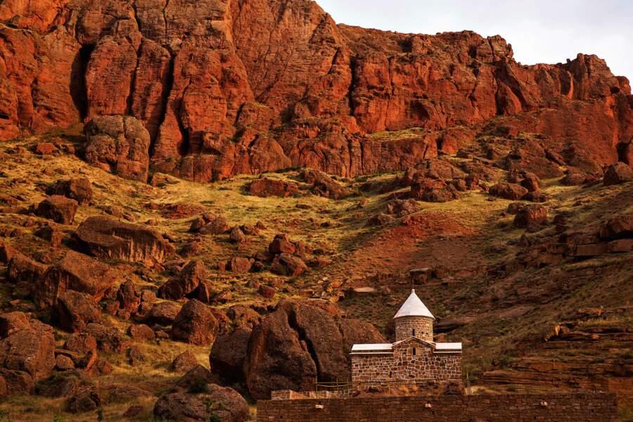 Eglises et monastères au Far West oriental