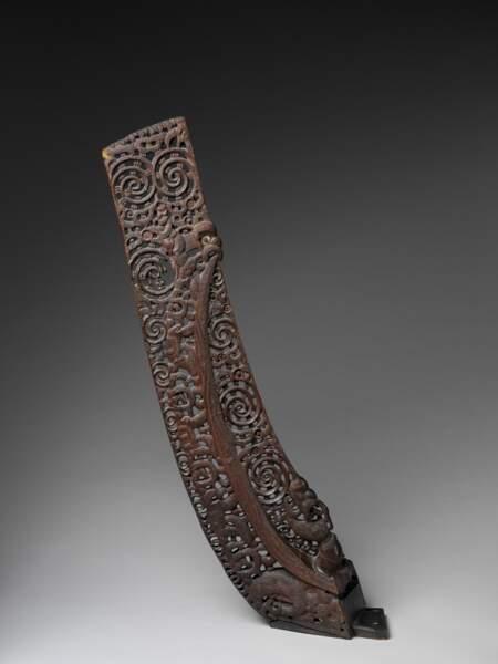Fragment d'une pirogue, début 19e siècle
