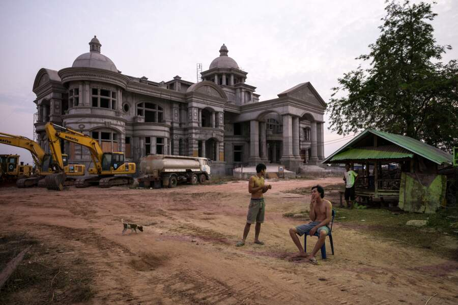 Villa nouveau riche en construction