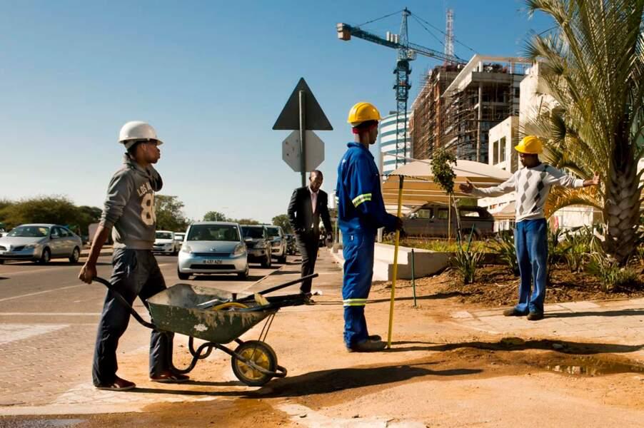 Ouvriers dans les rue de Gaborone
